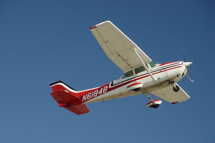 Flugzeug-selber-fliegen-Berlin-Brandenburg-Cessna-172-McFuntastic
